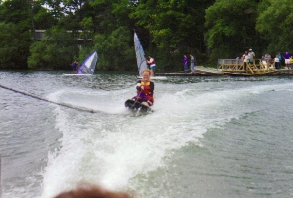 action waterskiing