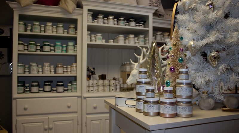 Barn & Bunkie in Fenelon Falls is about to Explode into Christmas
