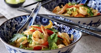 bowl of curry shrimp