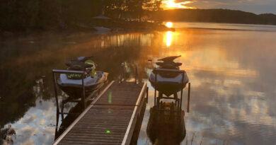 jet ski boat lifts at dock